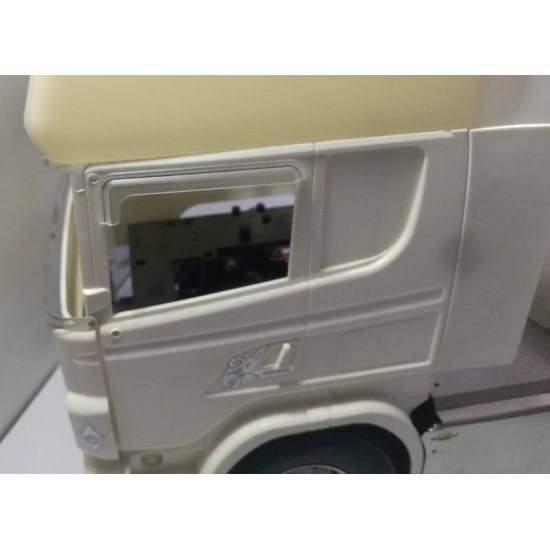 1:14 SCANIA cab window wind deflectors (pair)